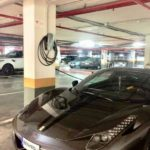 Des voitures électriques à Puerto Banús : le luxe de prendre soin de l'environnement