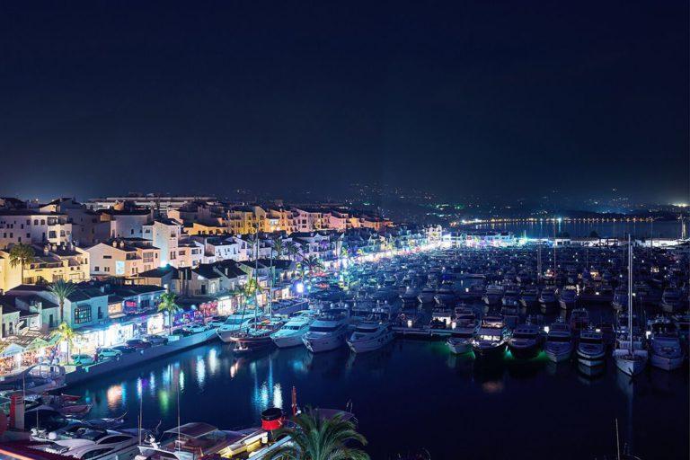 vida nocturna en puerto banús