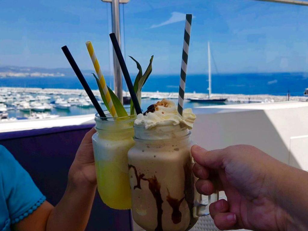 cocktails en Puerto Banús skylounge