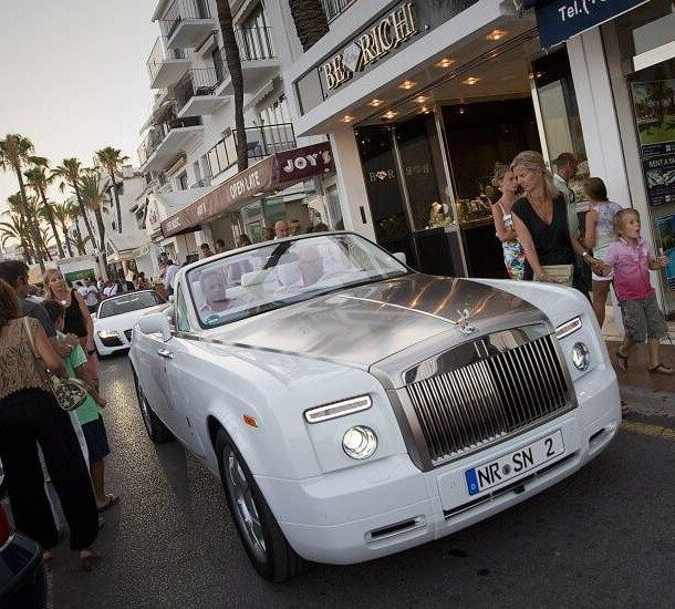 Luxury Cars in Puerto Banus