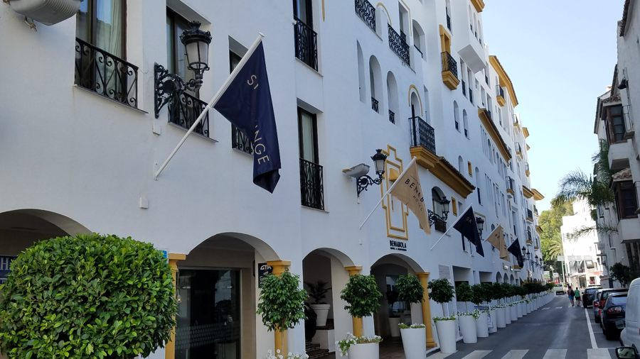 Puerto Banús Hotel Entry